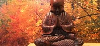 Buddha fra Bali - håndlavet i mahogni - Mybodyandmind x151